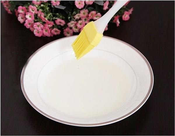 2153 Silicone Spatula and Pastry Brush Special Brush for Kitchen Use - Bulkysellers.com